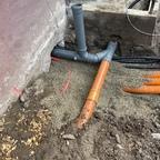 Rohre im Boden verlegt