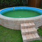 k Pool  (584)